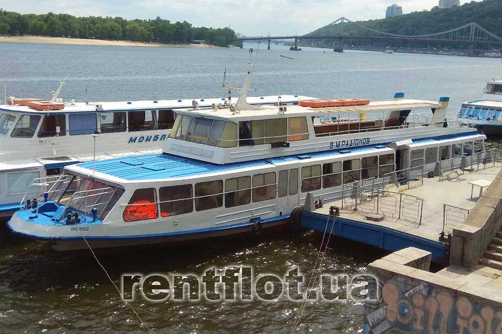 Rent of the motor ship Radionov